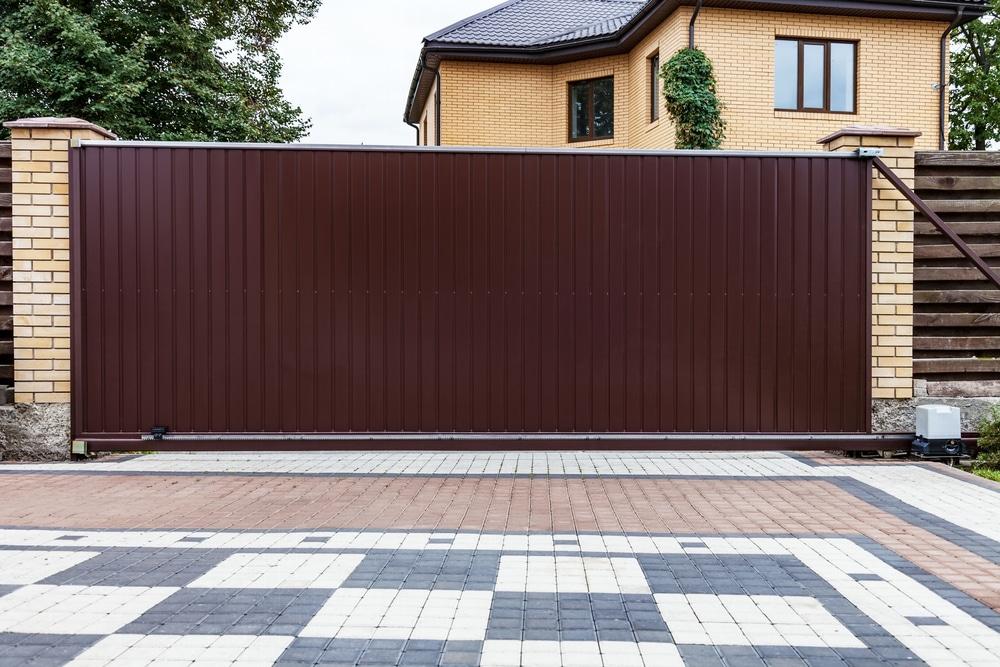 Big Easy Fences Automatic Gate