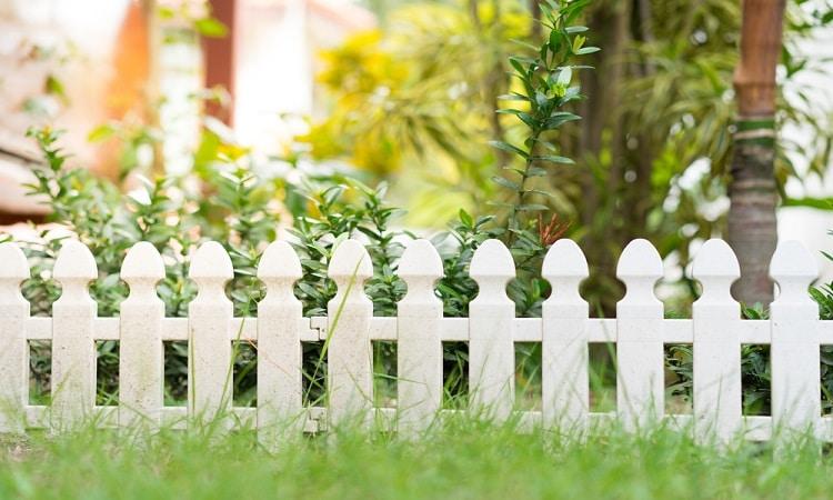 Vinyl fences quality - Big Easy Fences