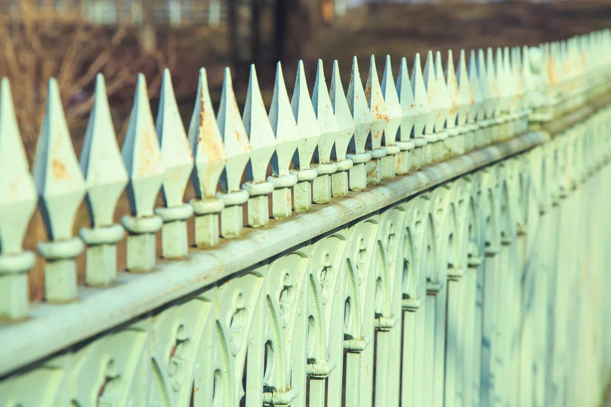 Rusted Picket Fences - Big Easy Fences