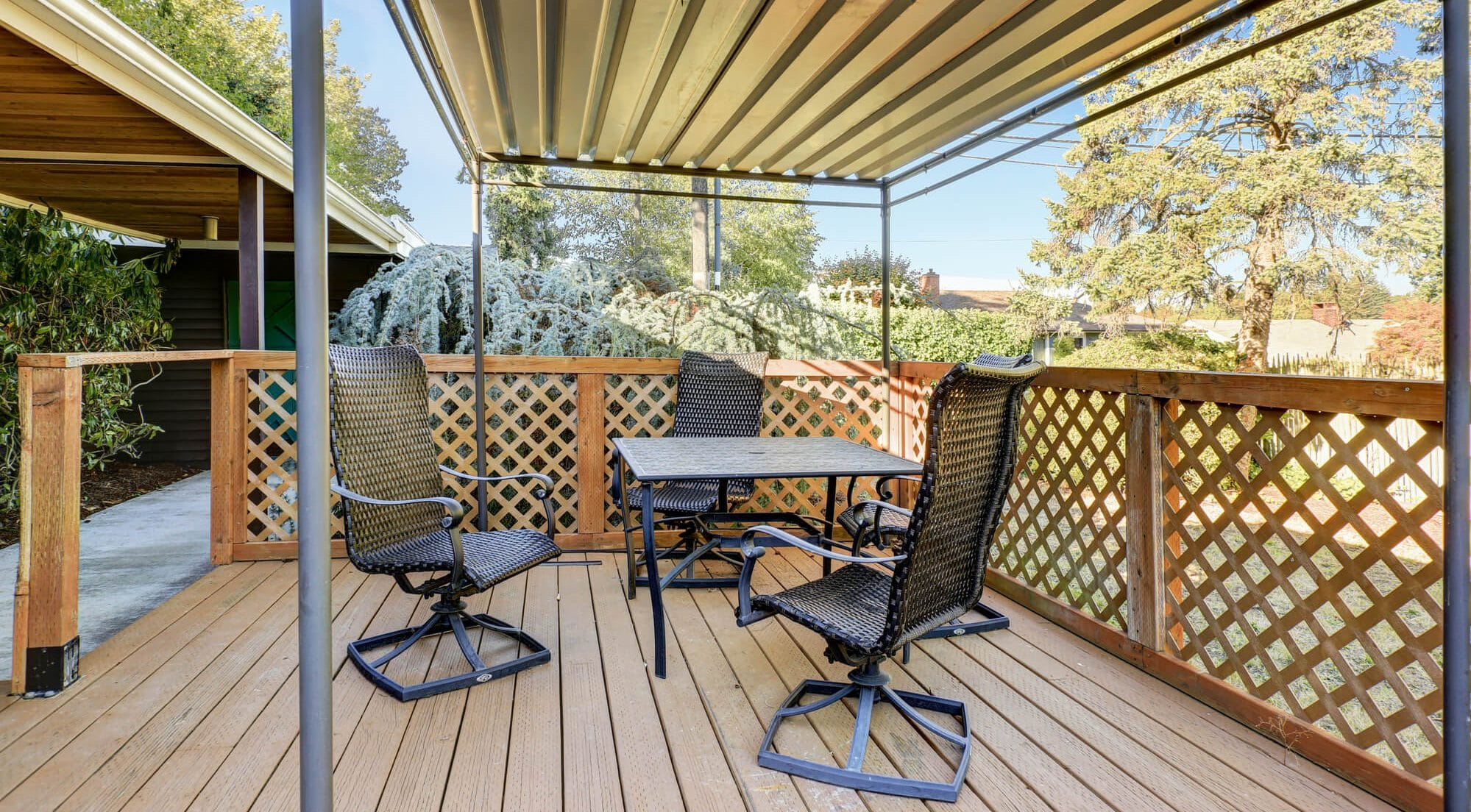 How tall should a patio cover be - Big Easy Fences